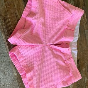 Flawless pink Lilly Pulitzer Callaghan's shorts
